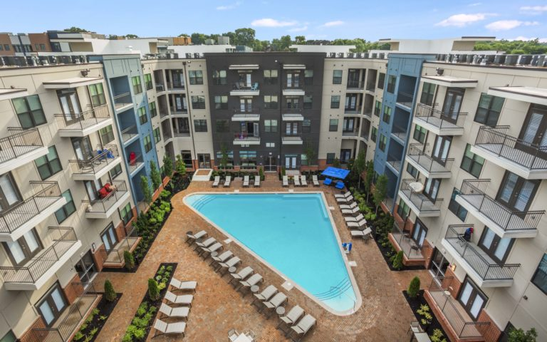 OCTAVE APARTMENTS NASHVILLE TN POOL AREA 04 1